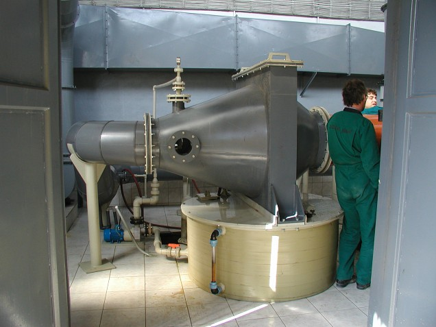 A SCRUBBER FOR FUMES FROM CHROME PLATING PLANT